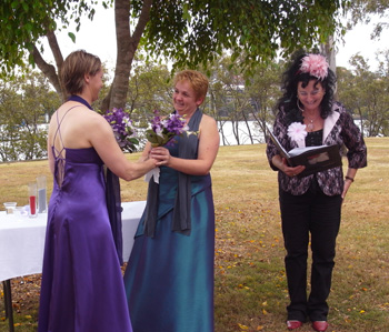 Helen & Cara had a commitment with a Flower Exchange that combined with their Love Story made their friends cry with Rainbow Pride Celebrant Marilyn Verschuure