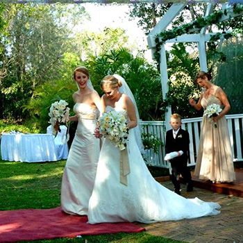 Marry Me Marilyn Rainbow Pride Celebrant for Lesbian Couples in Brisbane Gold Coast